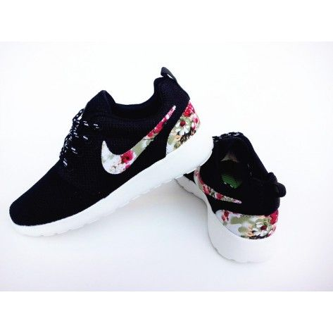 black nike roshe run womens flower