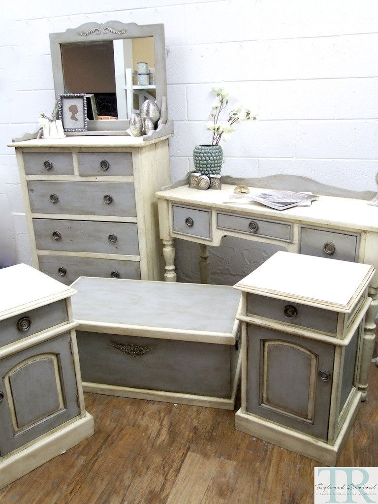 Hand painted in old white and paris grey detailed with clear and
