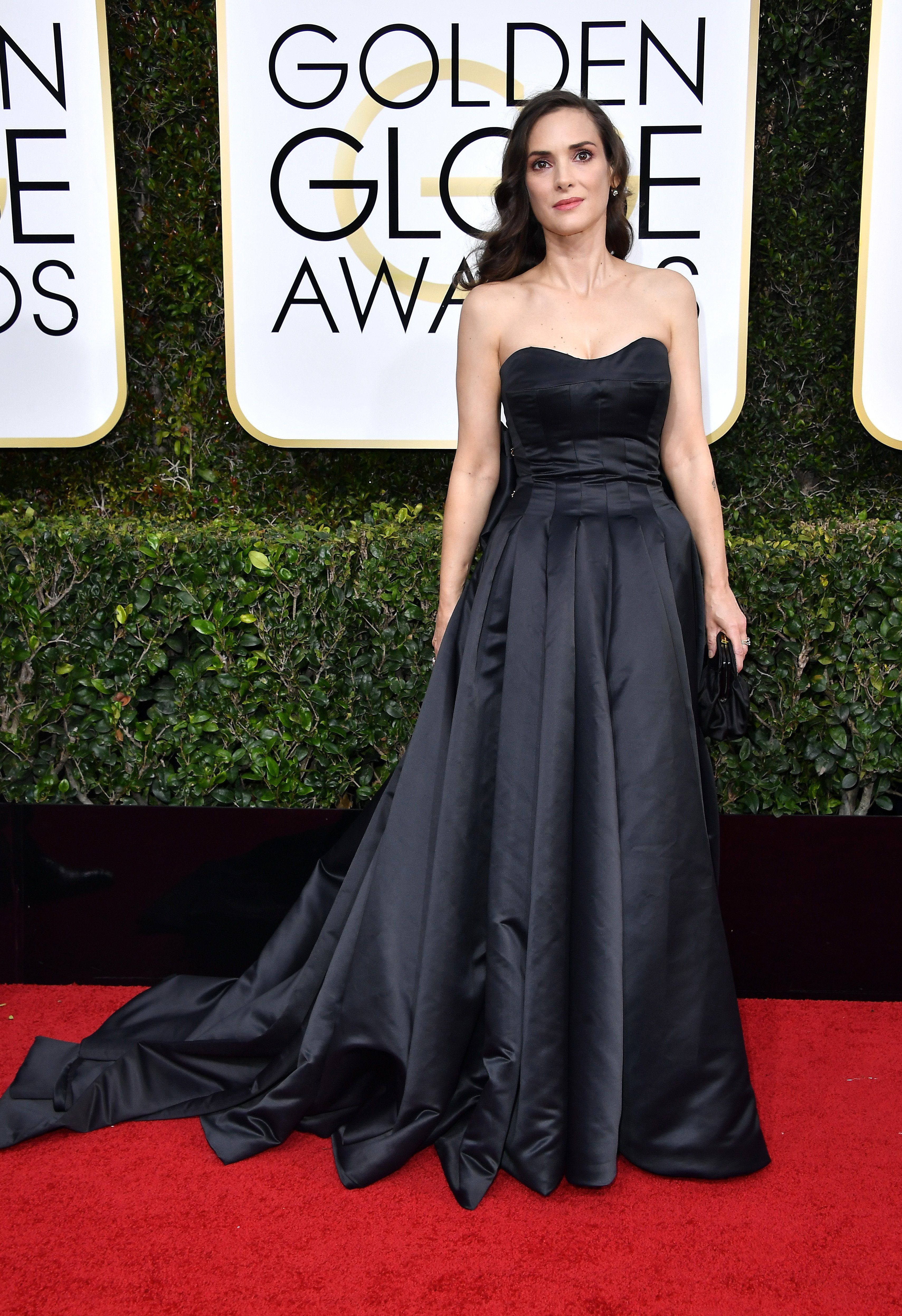 Golden globes fashionulive from the red carpet winona ryder
