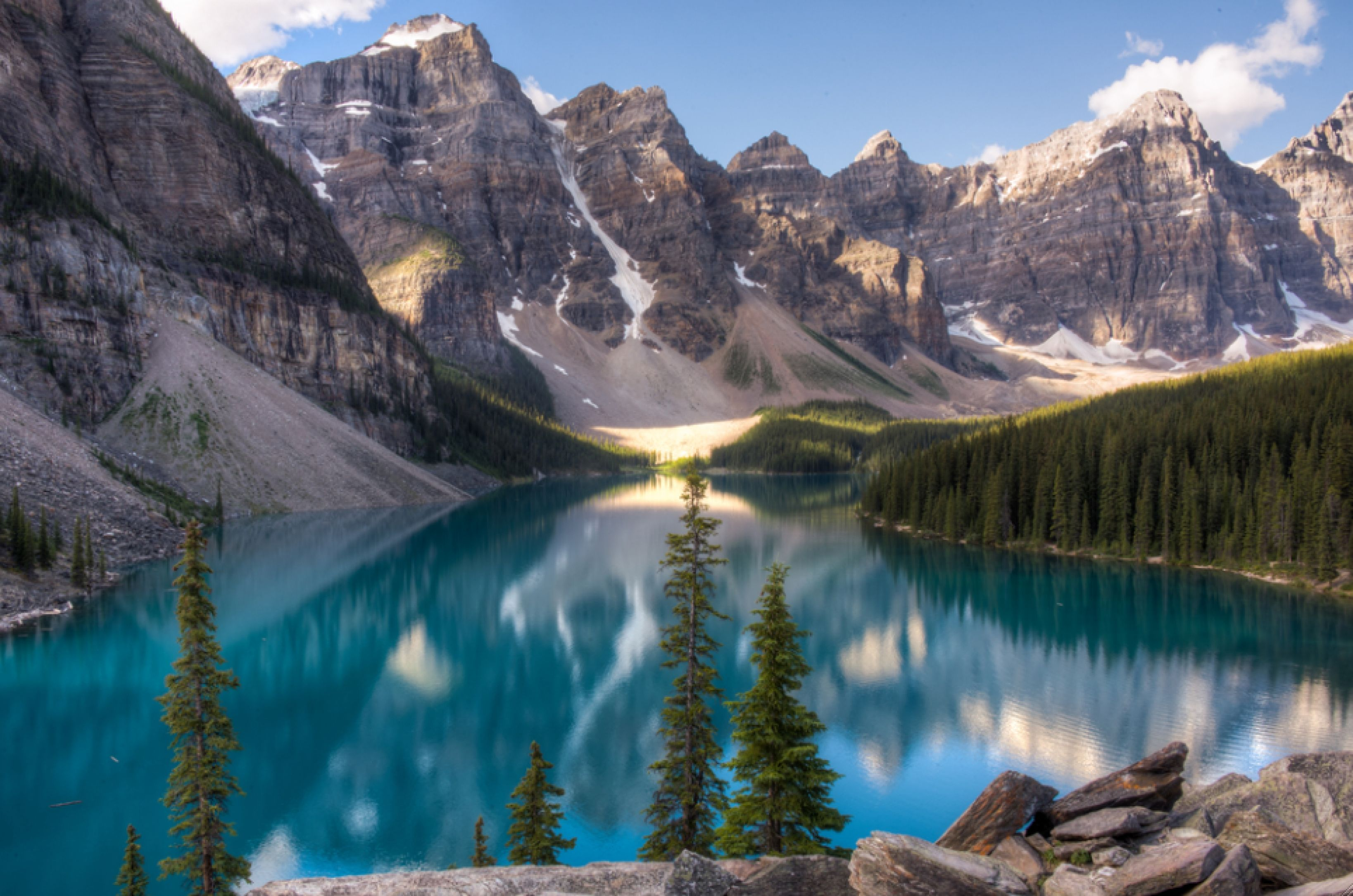 Bus Tours In Western Canada