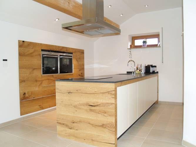 Wood wrapped kitchen counter massivholz küche aus donau eiche schreinerküche küchen aus der schreinerei hermann eder www schreiner eder de
