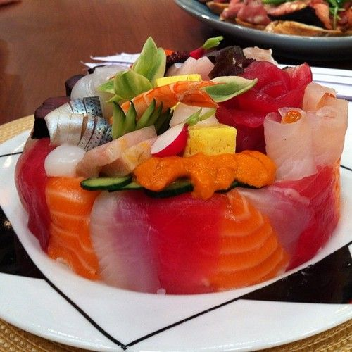 Chef Morimoto Made A Sushi Birthday Cake!!! This Is The