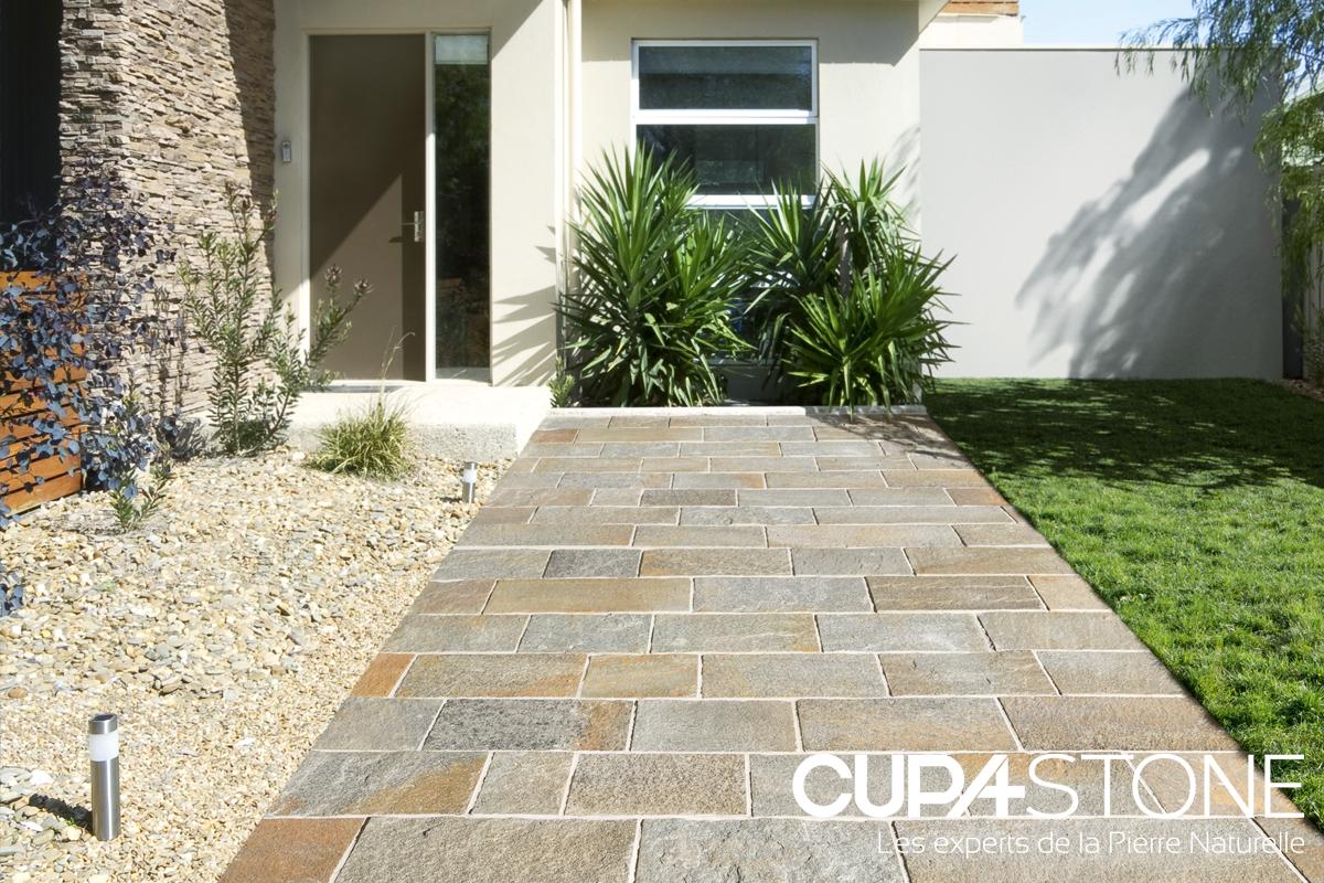 la pierre naturelle est tr s fiable et r sistante por les chemins d entree les dalles ont un. Black Bedroom Furniture Sets. Home Design Ideas