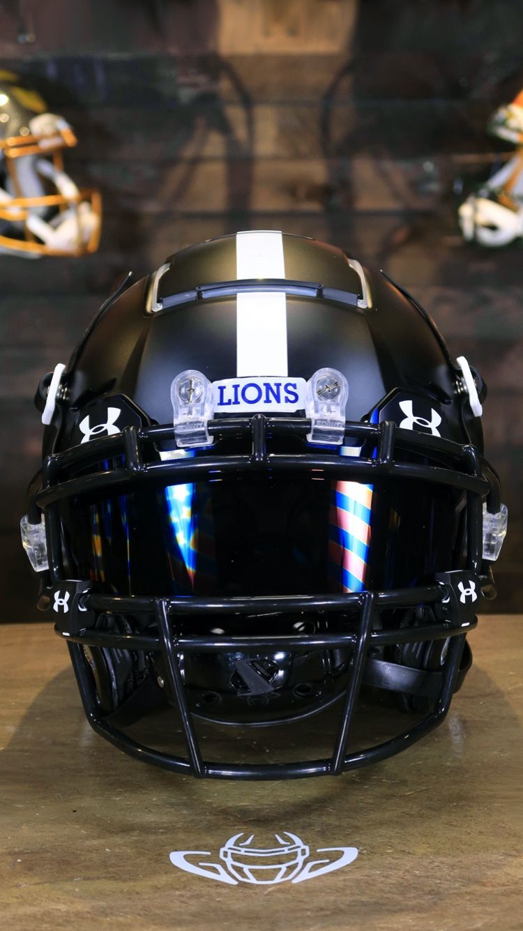 Check out noas custom schutt f7 all the way from