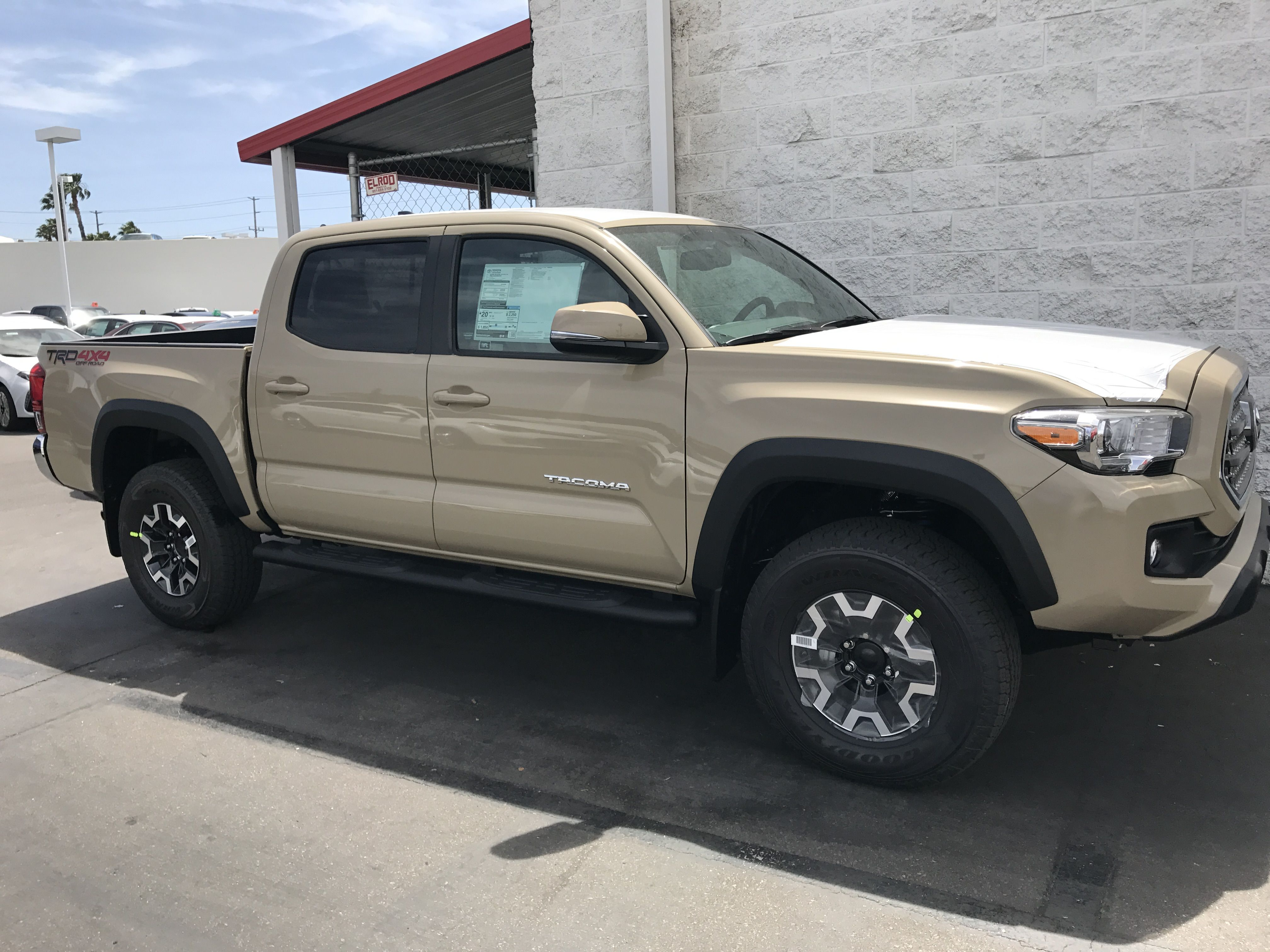 Quicksand Double Cab 4x4 Trd Off Road Tacoma