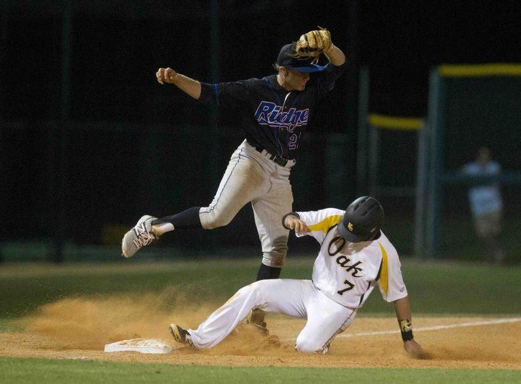Baseball Playoffs Baker Oak Ridge Complete Sweep Of Klein Oak Baseball Playoffs Oak Ridge Athletic Events