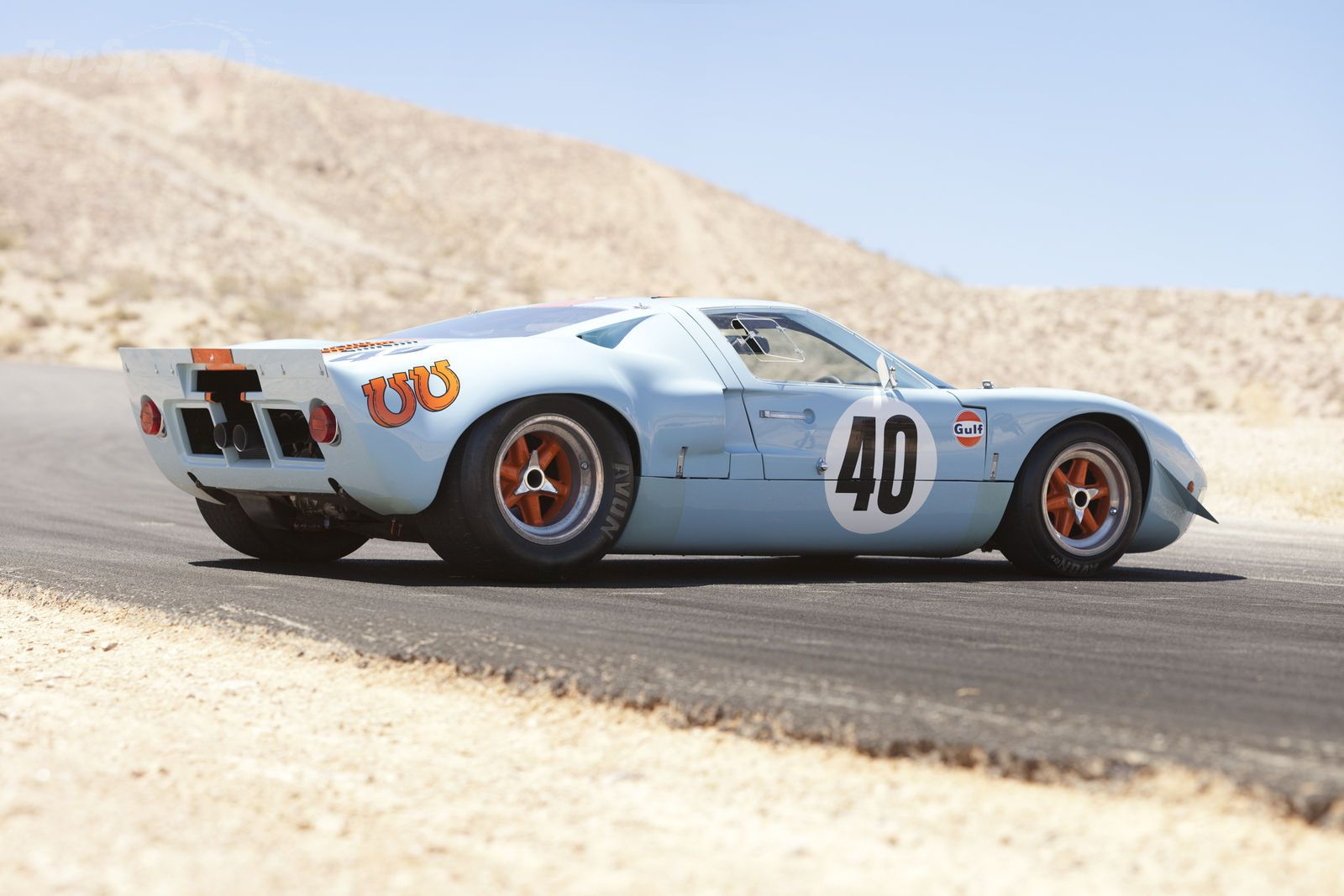 Ford gt40 old school american ass whooping