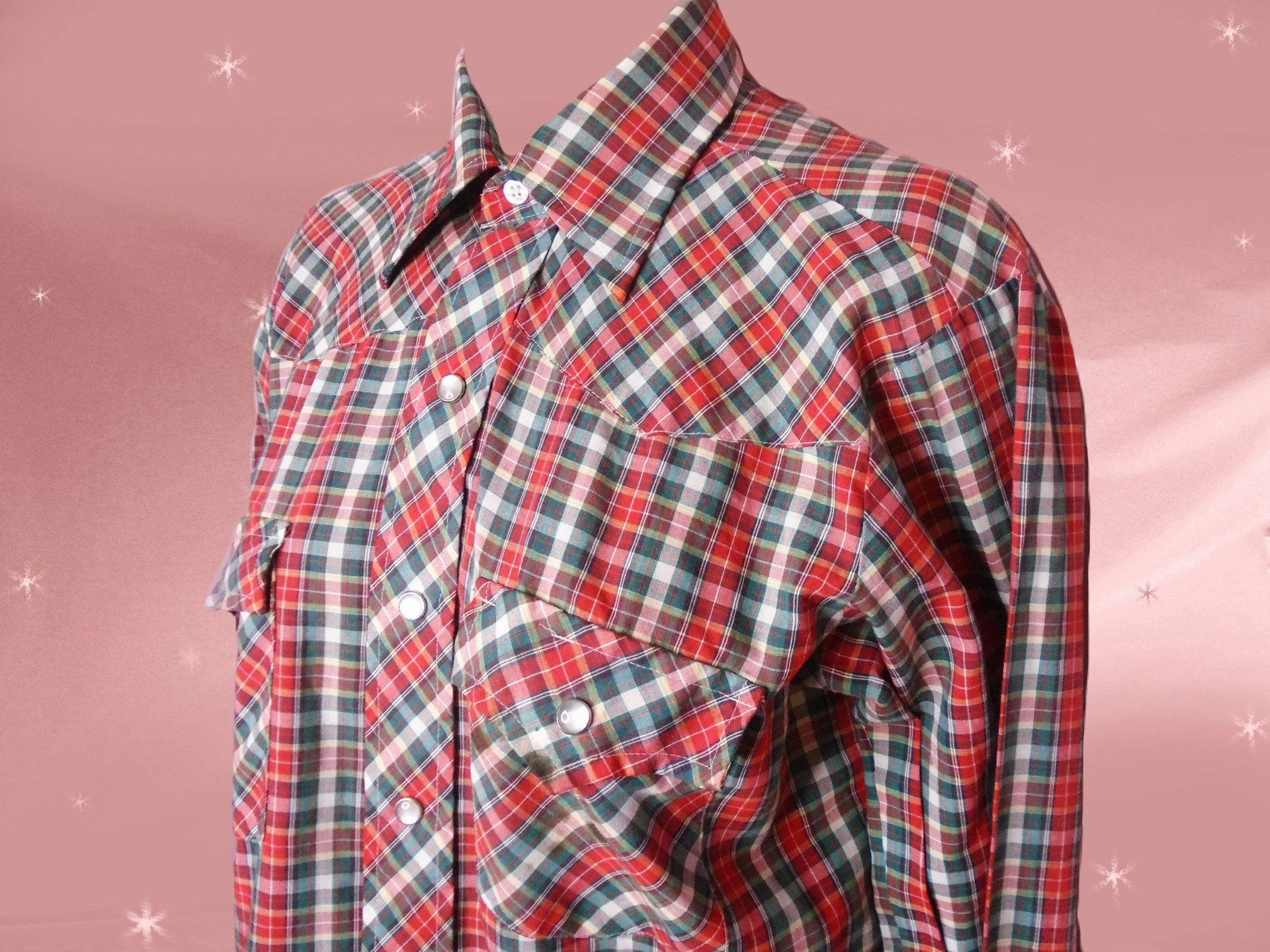 Alion Mens Fashion Button Down Chest Pocket Checkered Stripe Print Flannel Shirt