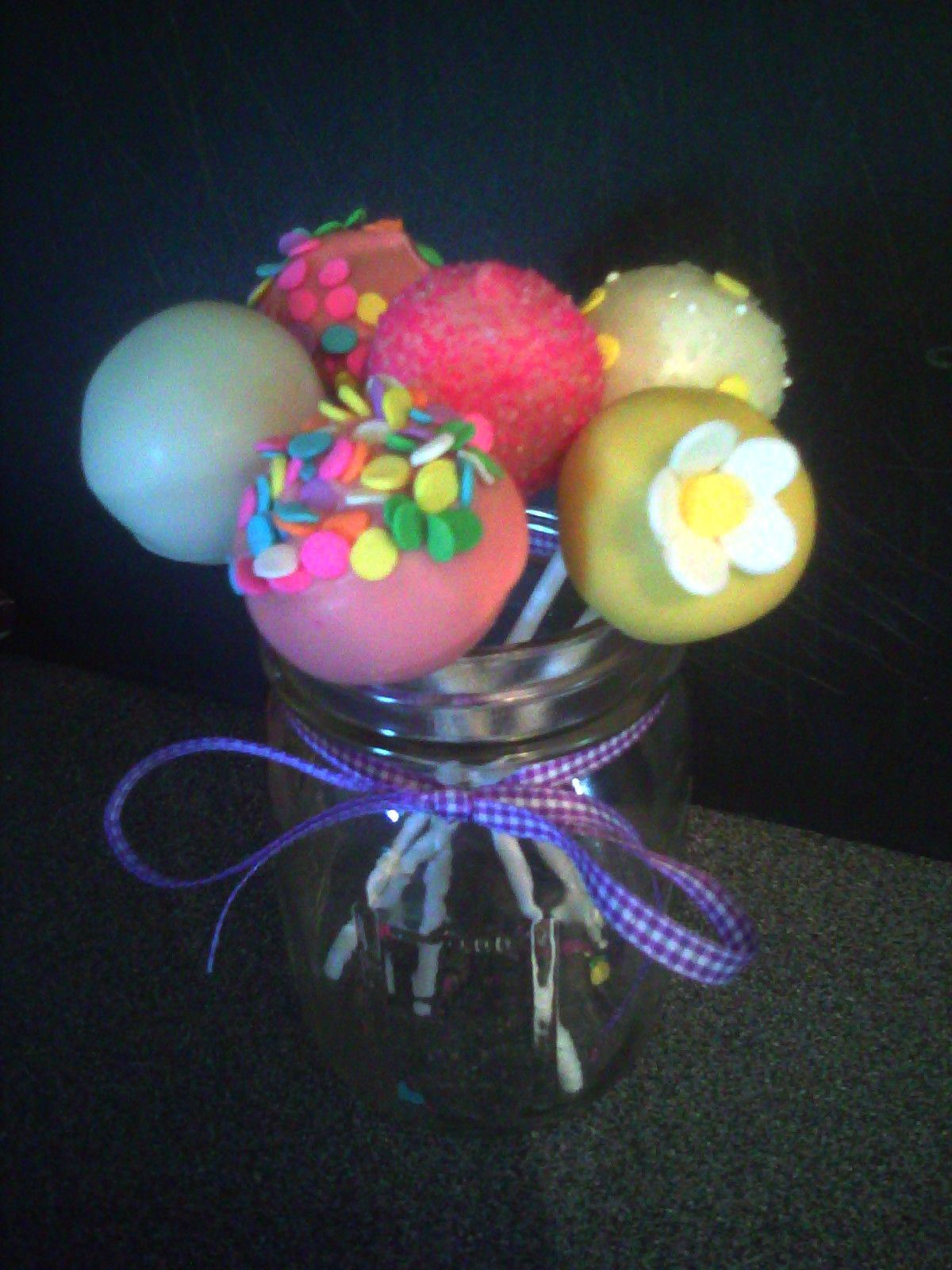 Cake pop bouquet..... Needs more...definitely somethin in the jar, if using the Mason jar... Looking at ideas for Teacher Appreciation gift! #cakepopbouquet
