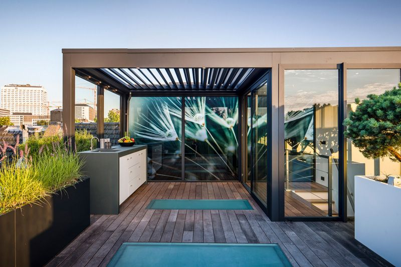 Modern dakterras house