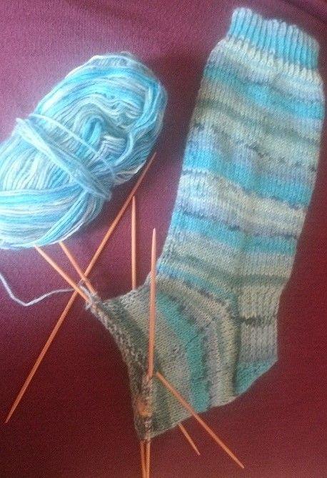 Explication Pour Tricoter Des Chaussettes : explication, tricoter, chaussettes, Tricoter, Chaussettes, Sigrimoire, Comment, Chaussettes,, Tricot