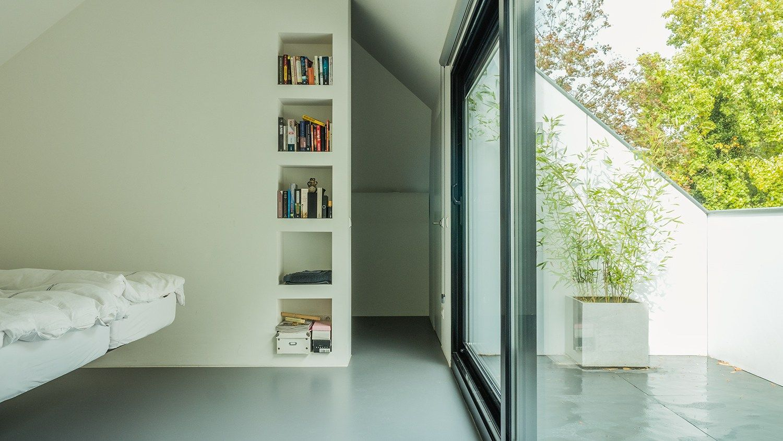 verbouwing zolder met slaapkamer open badkamer grote inloopkast