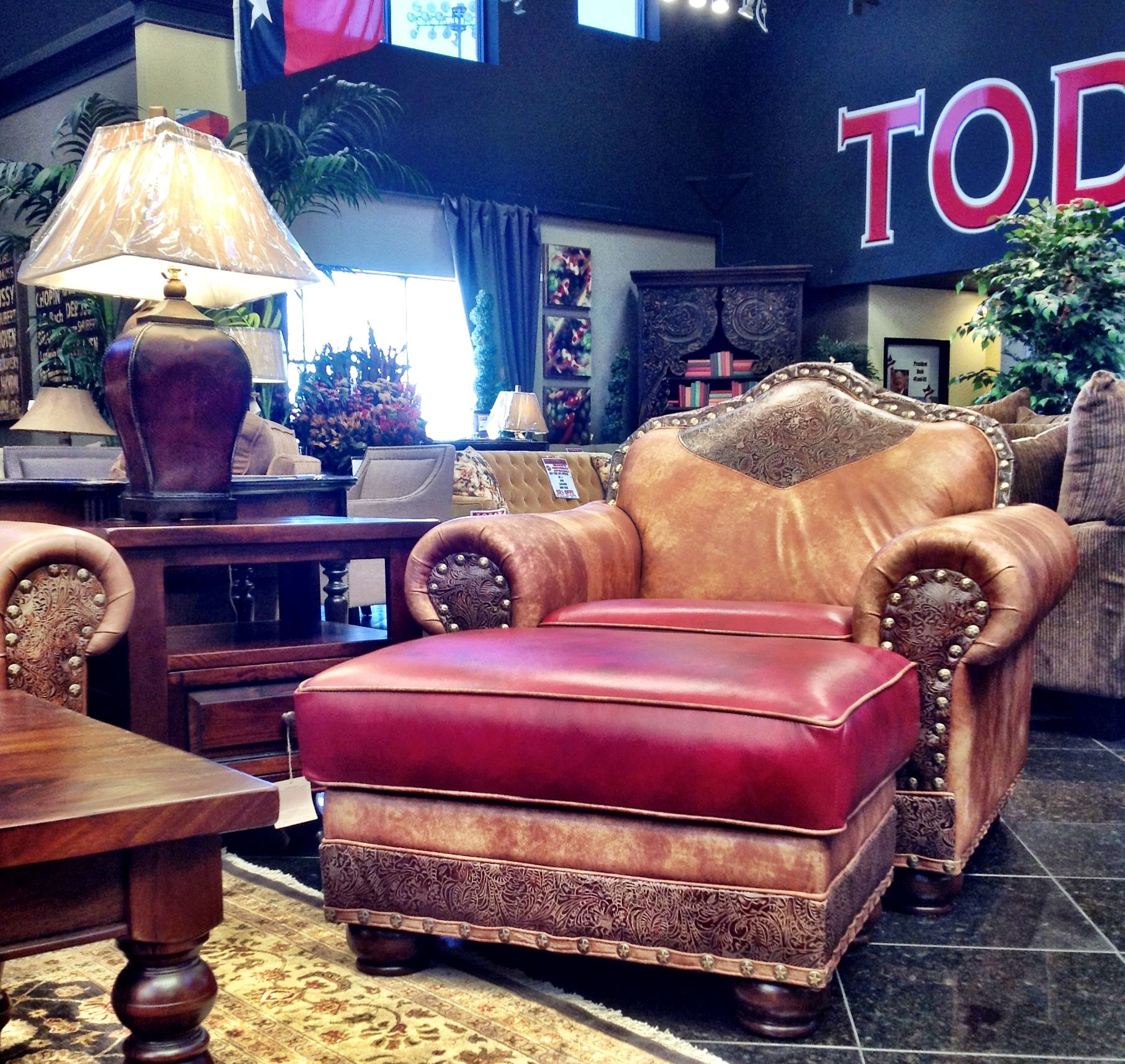 Home Decor Stores Houston Tx: This Rustic United Leather Over-sized Accent Chair Oozes