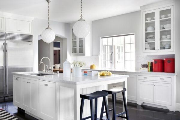 weiße küche schwarze barhocker | cozinha pequena c/ ilha ou, Deko ideen
