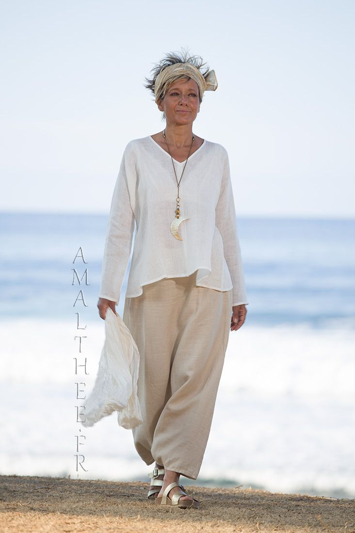 8f486ecce8 Natural white linen gauze tunic Dana flared on the hips and V necklin