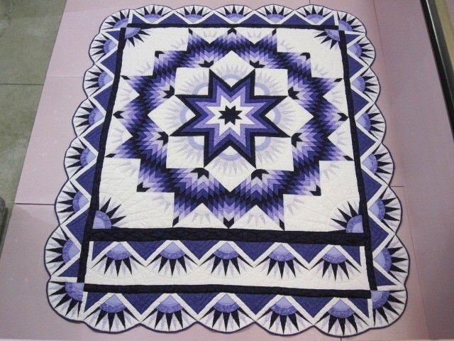 Handmade Mennonite Quilt Purple Mariners Compass Star 6 Stitches per Inch Beauty