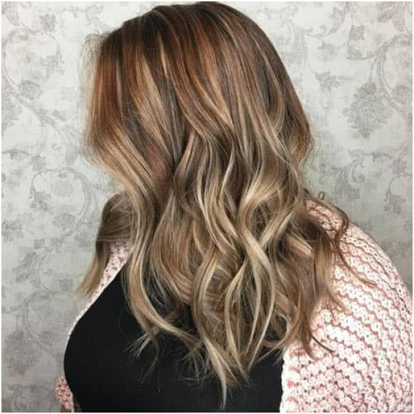 26 Red Brown with Blonde Highlights #platinumblondehighlights #platinumblondehighlights