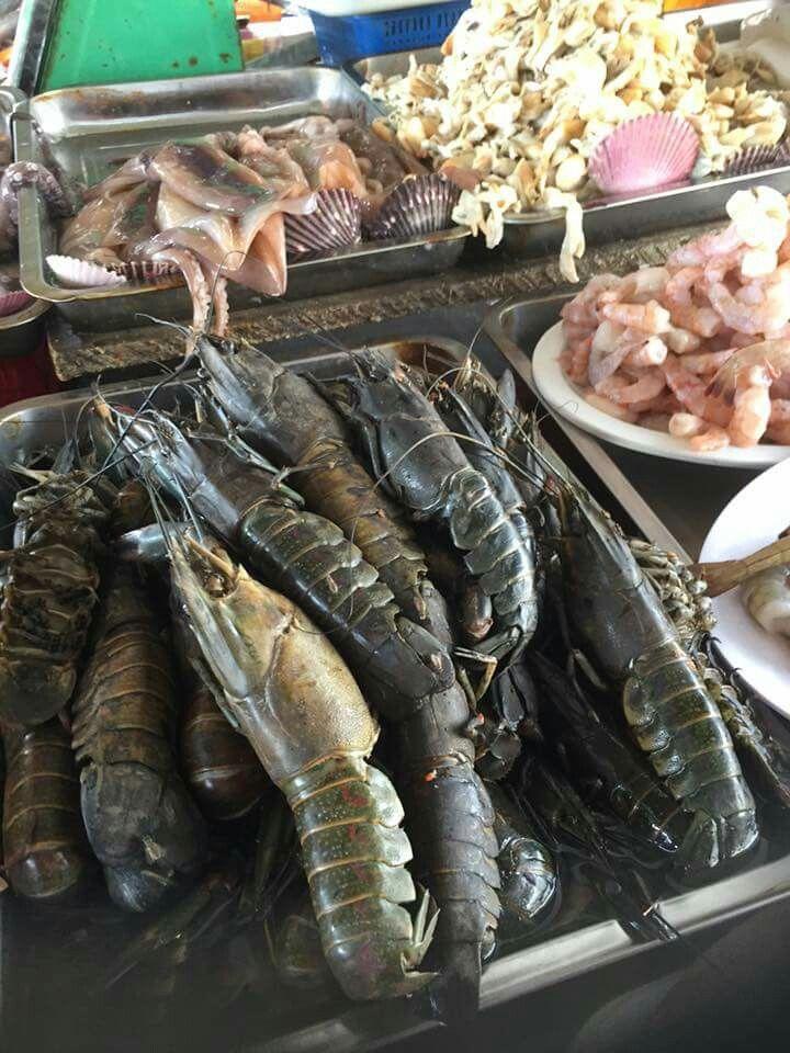 Mas cosas en el mercado de Chorrillos. March 13, 2016.