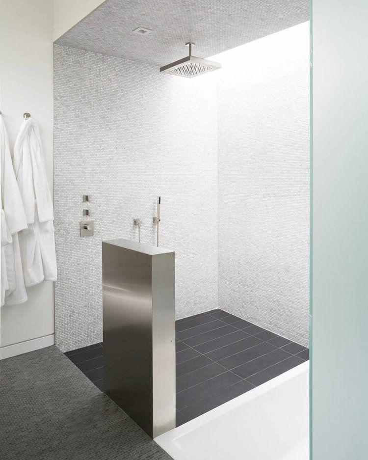 Offenes Duschen Design Aus Hellgrauem Mosaik | Bathroom | Pinterest.