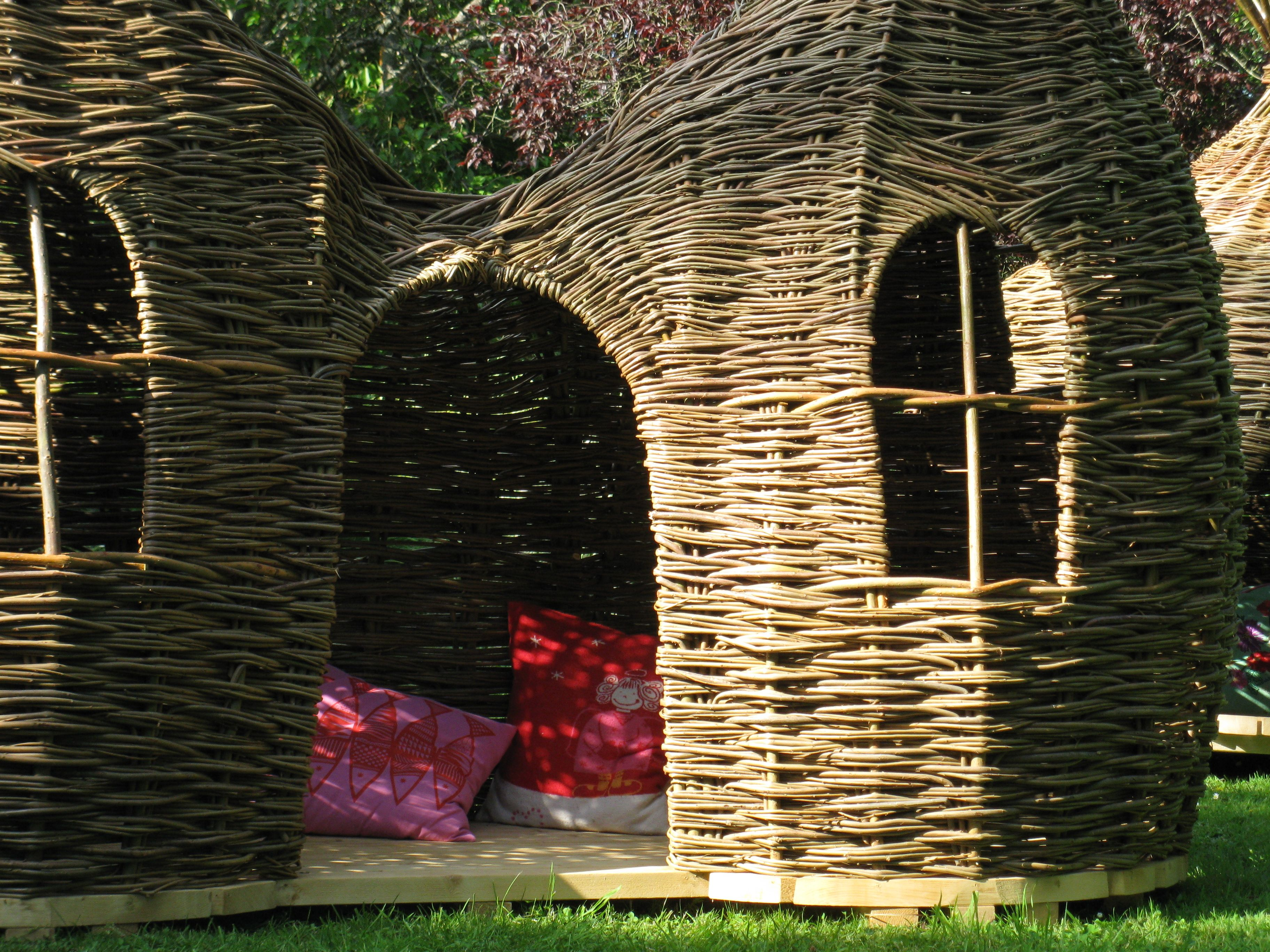 Dreaming spires playhouse with images willow weaving