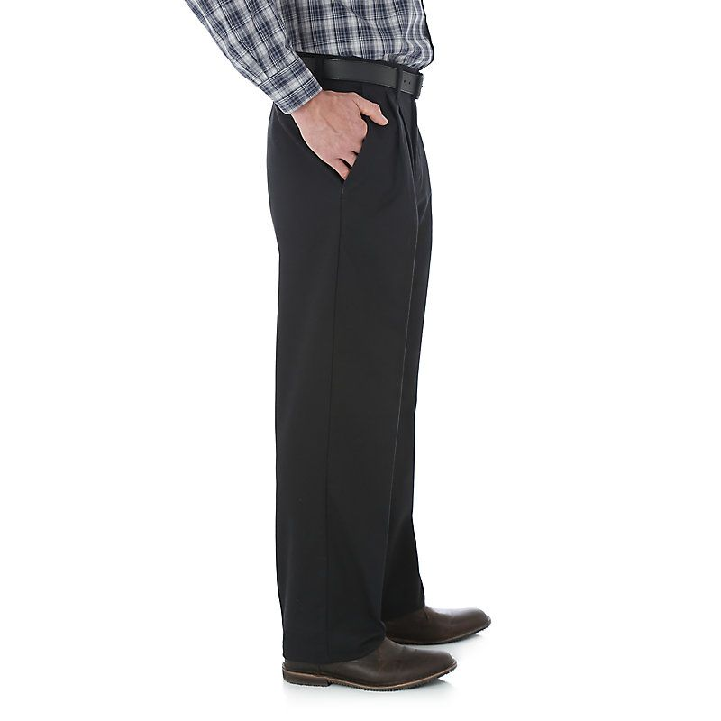 5bf97711 Wrangler Men's Advanced Comfort Business Casual Pleated Pant (Size: 36 x  30) Black