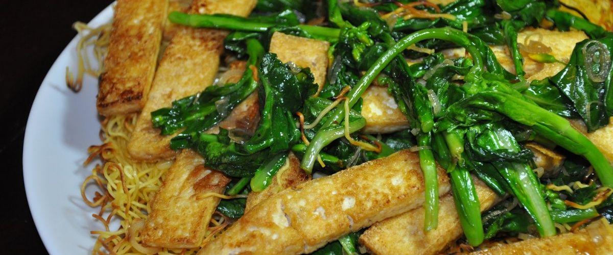Pan-fried Noodles with Senposai and Tofu
