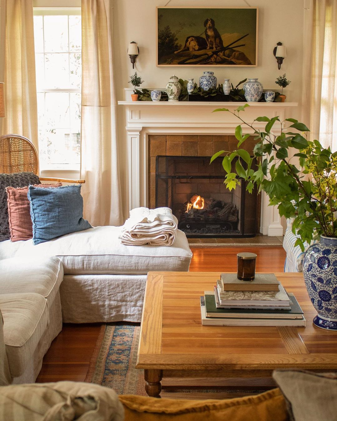 Erin Napier from HGTV's Home Town shows off the vintage style perfectly, from her love of historic restoration to her penchant for classic food and homespun fun.
