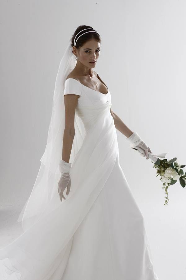 Unique Le Spose Di Gi Collezione Designer Wedding Gownsgown Designeritalian
