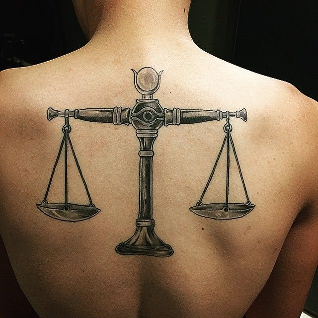 Most People Nowadays Have Tattoos Inked In Their Bodies When They Go To Get One They Are Driven By An Inspiration O Libra Tattoo Scale Tattoo Tattoos For Guys
