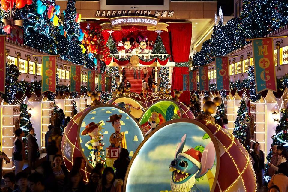 Christmas Decorations At Harbour City Hongkong Christmas Wonderland Outdoor Christmas Christmas Display