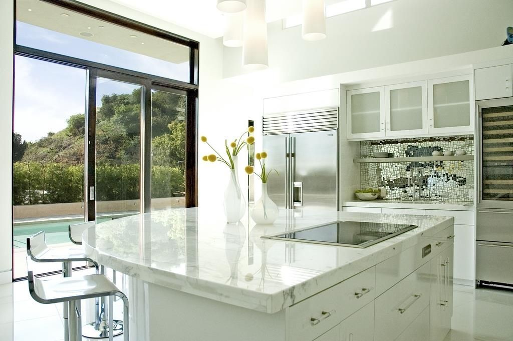 Best Semi Circle Kitchen Island White Kitchen Interior Design 640 x 480