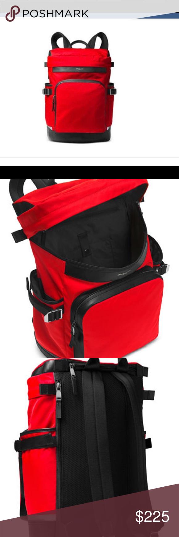 368ec437121fd4 Michael Kors Ken Cycling Backpack Multifuncional Michael Kors Cycling  Backpack. Ideal for hiking or biking