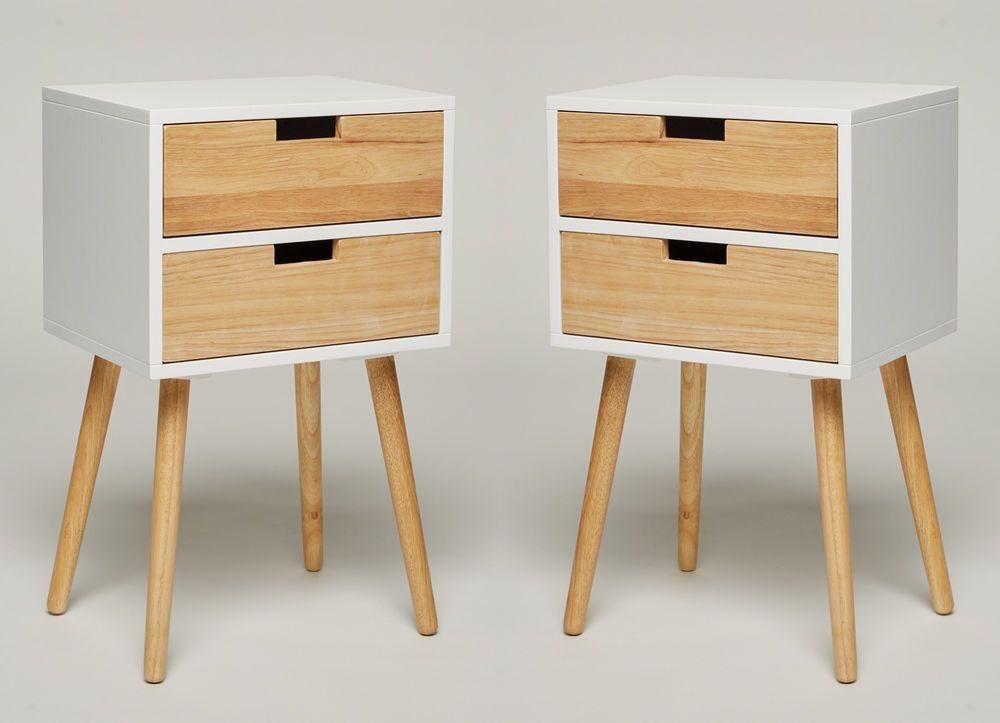 Schöner Kleiner Nachttisch Telefonisch Mit Zwei Schubladen