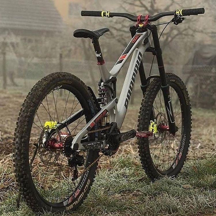 Bmx Chains Bicicletas Bmx Bicicleta De Descenso Bicicleta De Cuero