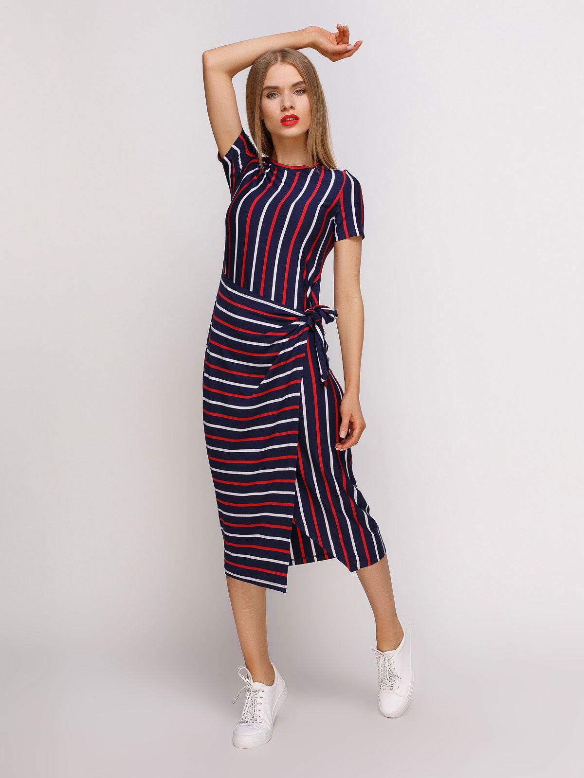 5b6e55aed670 Платье синее в полоску. Торговая марка: Loca. Вариант: Женское ...