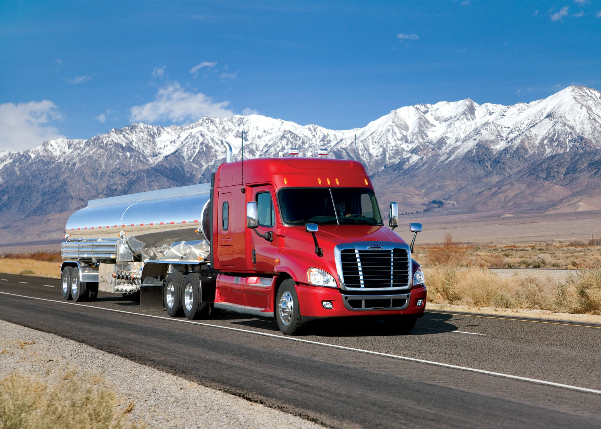 Trucking (With images) Trucks, Big trucks, Freightliner