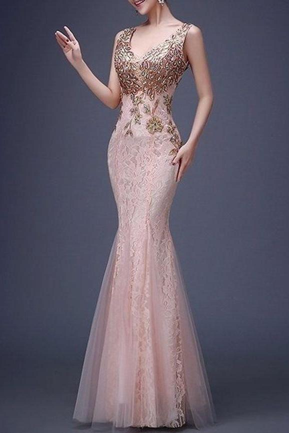 Kleid   – Women Fashion