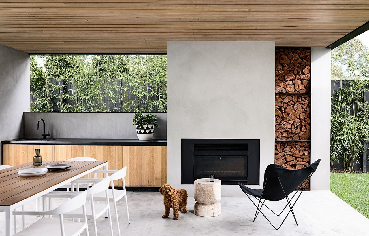 This Sleek Two Storey Residential Pavilion Includes An Open Plan Living Area Study And Modern Outdoor Kitchen Outdoor Kitchen Design Concrete Outdoor Kitchen