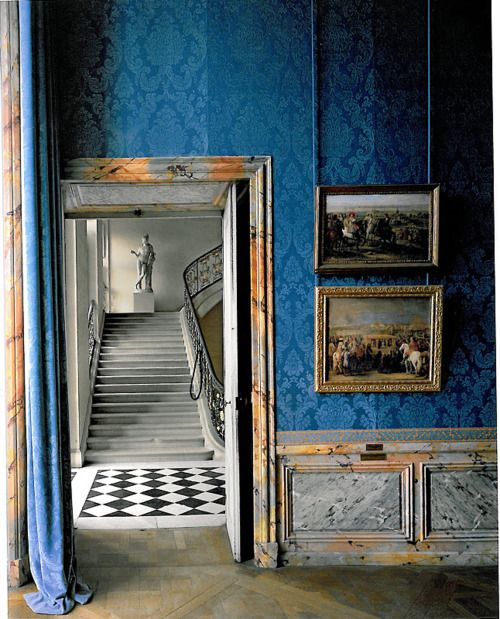 """The restoration of Versailles, photos in the book """"Parcours Museologique Revisite"""" by Robert Polidori"""