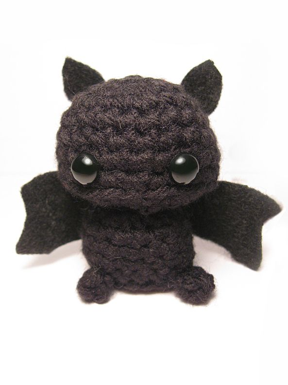 Free Amigurumi Pattern: A Distinctly Batty Post ( Scroll Down)