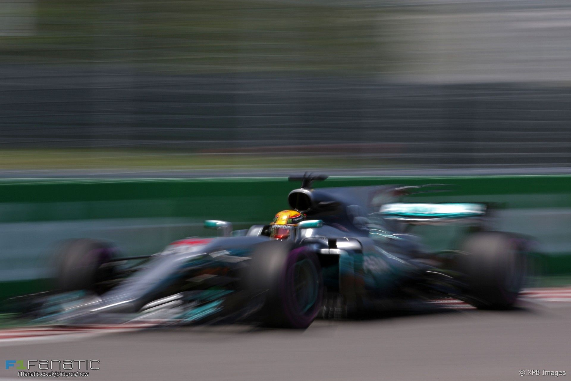 Lewis Hamilton Mercedes Circuit Gilles Villeneuve 2017 F1 2017