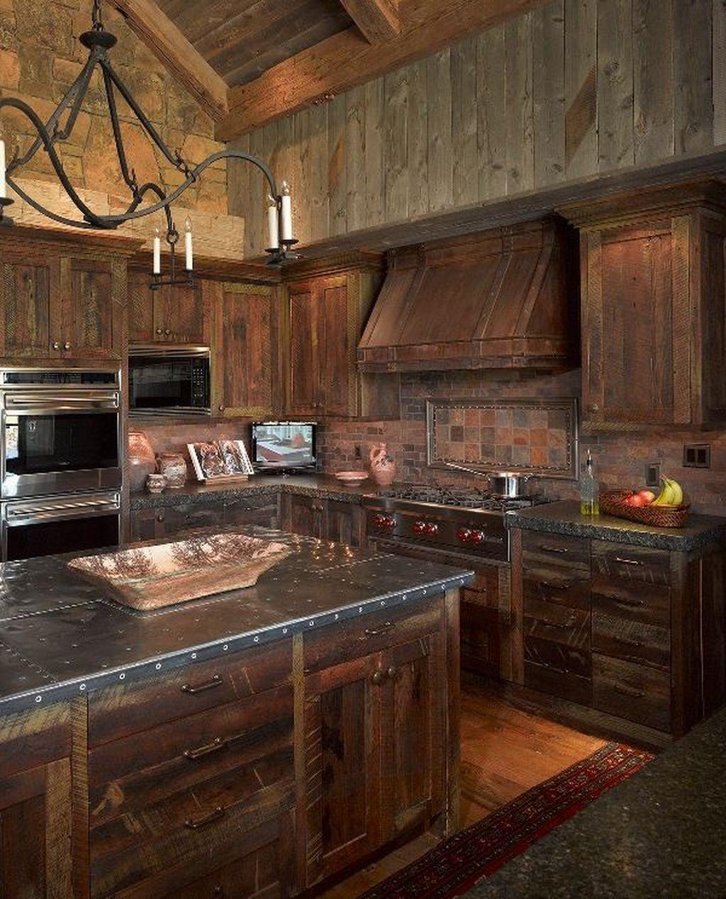 90 Beautiful Farmhouse Style Rustic Kitchen Cabinet Decoration Ideas Rustic Kitchen Backsplash Rustic Home Design Western Kitchen