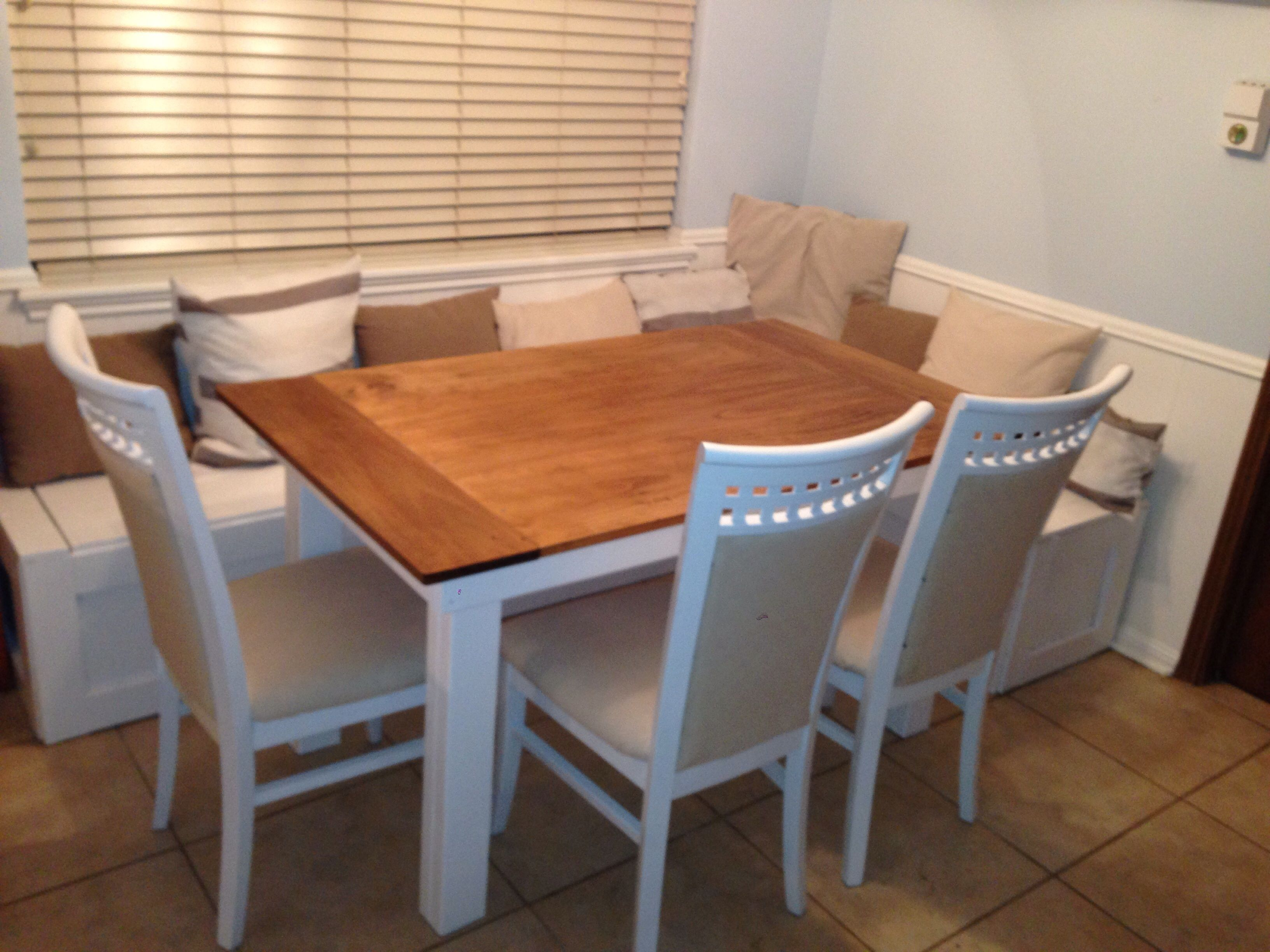 Ana White Breakfast nook benches with table DIY