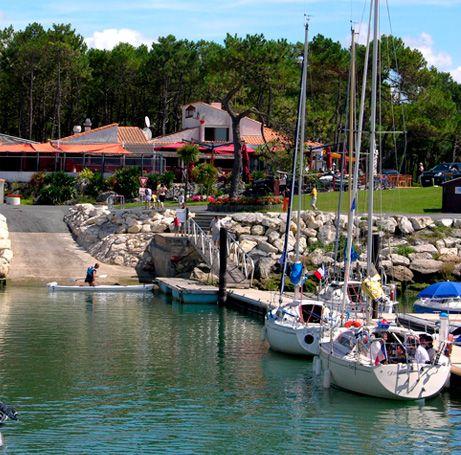 Le Port De Plaisance Les Mathes