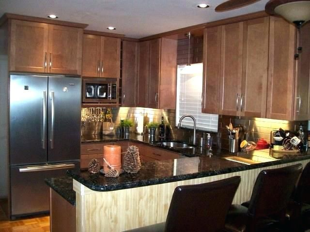 light maple cabinets granite that goes with best wall ... on Best Granite Color For Maple Cabinets  id=39928