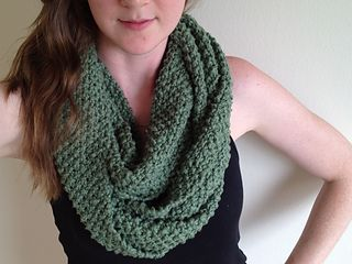 Knitting Scarf Patterns Infinity Scarf : Seed stitch long infinity scarf diy knitting pattern bulky yarn