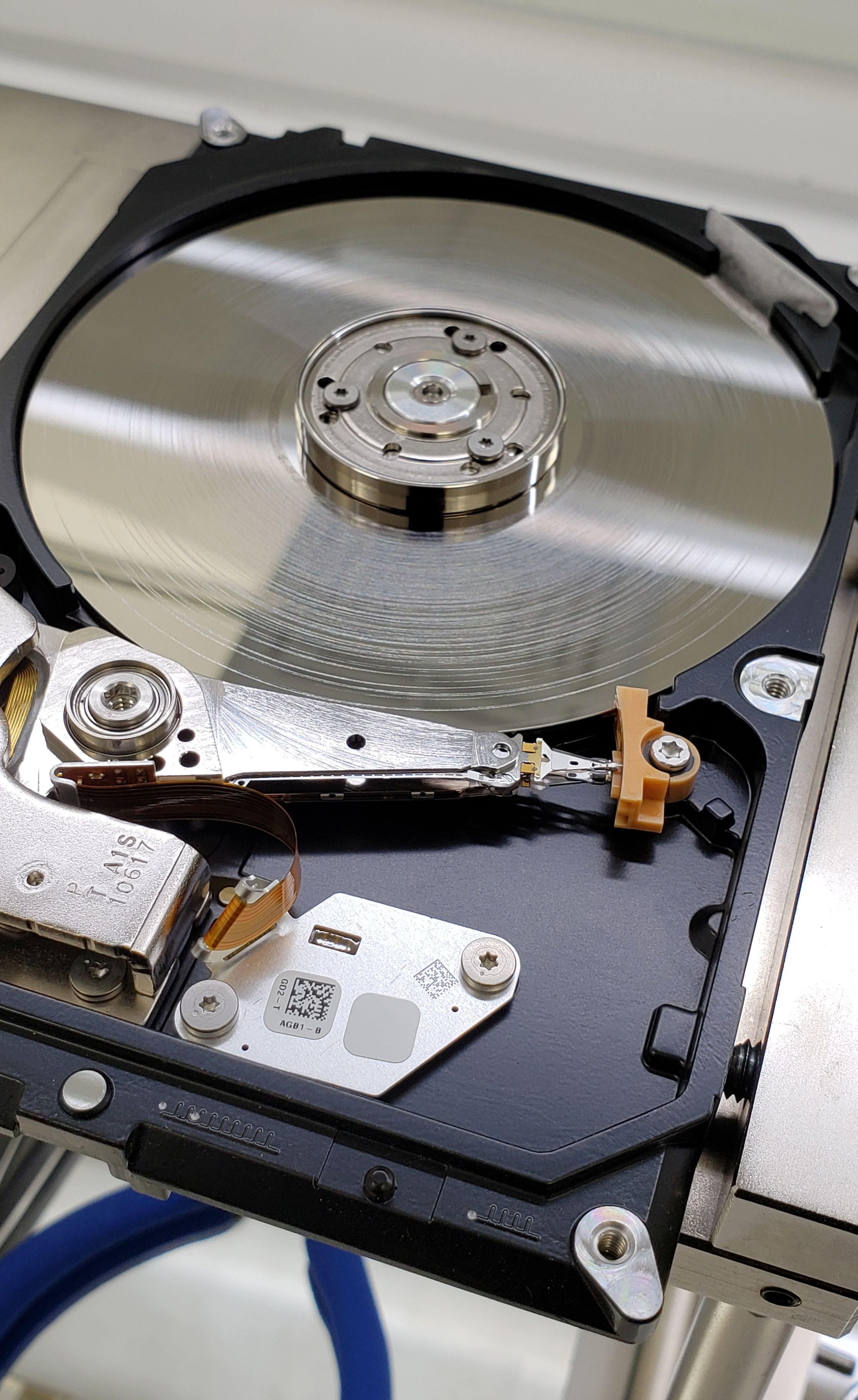 Recovery Room Design: Clean Room Data Recovery - Flat Rate Service