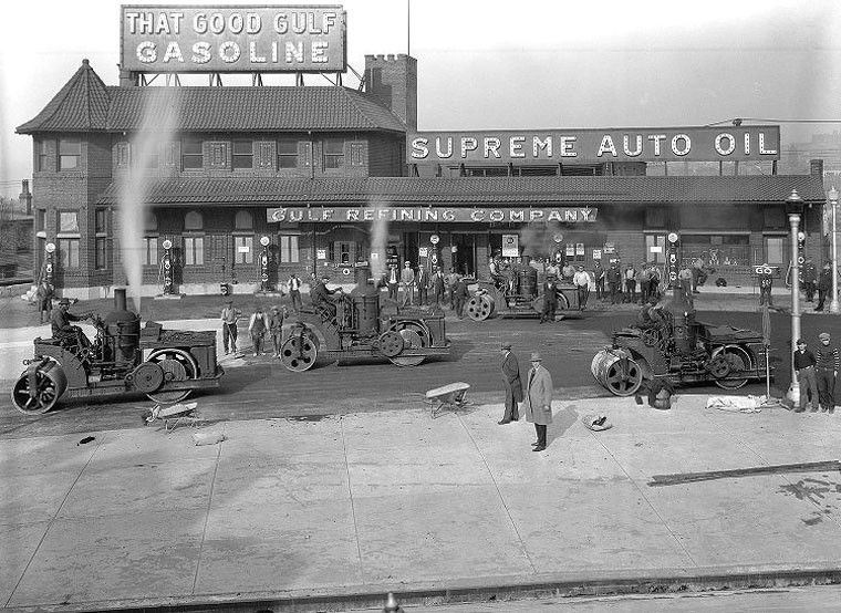 Six Entertaining Twenties To Forties Era Gasoline Station