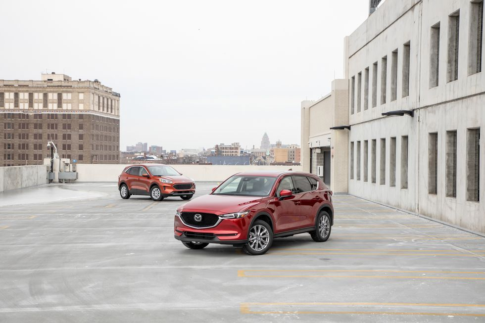 Ford Escape Vs Mazda Cx 5 Can Ford S Newcomer Beat The 10best Winning Mazda In 2020 Ford Escape Mazda Ford Sync