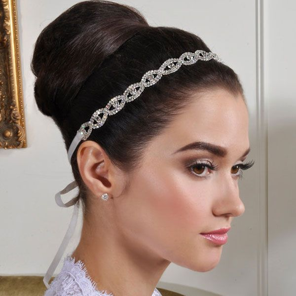 wedding head band like this is ideal for me on my big day